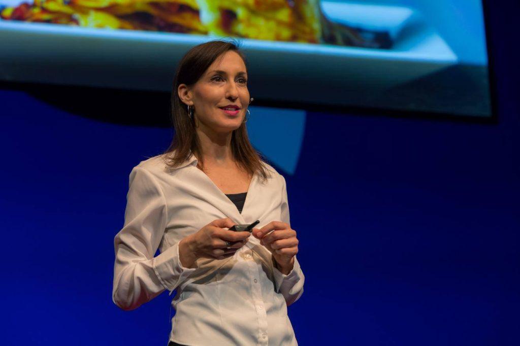 Bild: Melanie Joy (geb. 1966) ist Sozialpsychologin und Vegane Aktivistin.